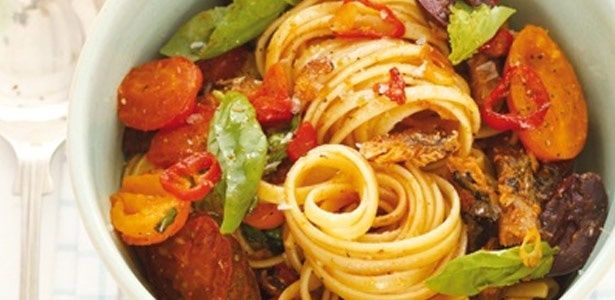 Sardine pasta with olives, chilli, lemon and garlic