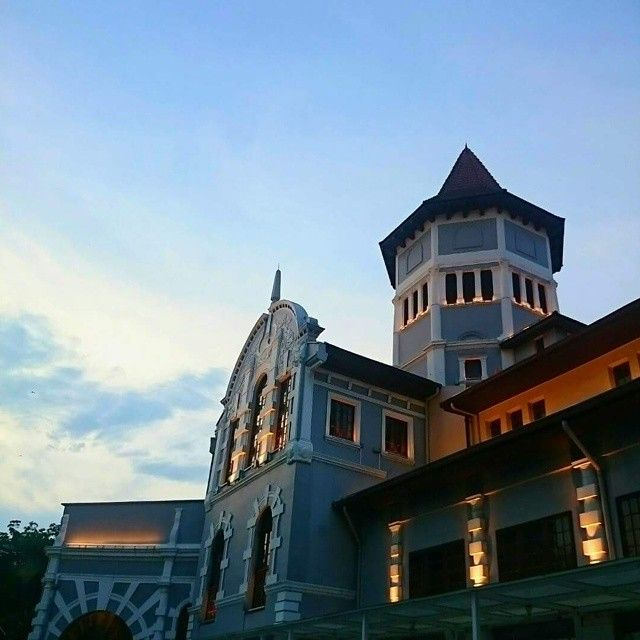 Have a #lovely #weekend ahead! #luxurytravel #luxuryholiday #hotel #singapore #heritage #weekendishere