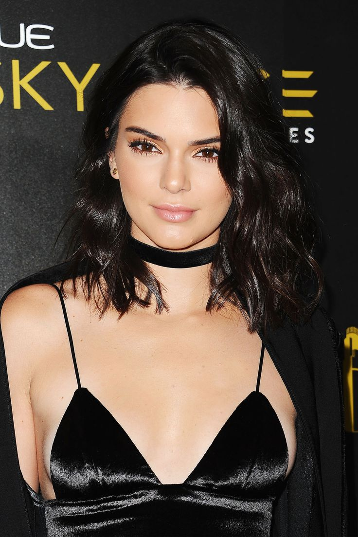 Kendall Jenner - Longer than a bob, not exactly a lob, the Long-Ass Lob is this fall's most ubiquitous–and versatile–haircut.