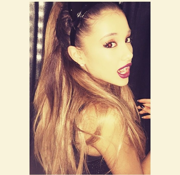 Ariana is so perfect as a vampire