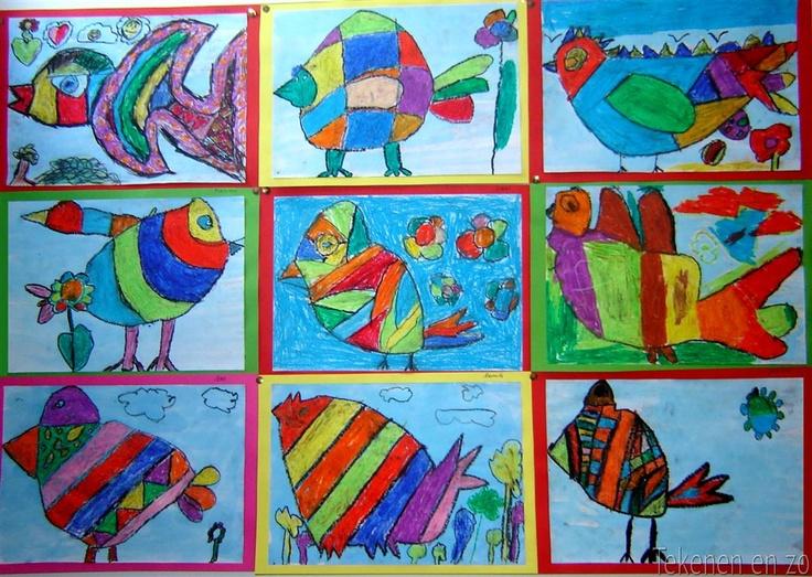 Vogels in de stijl van Corneille Bij deze opdracht moeten de kinderen direct tekenen met zwarte oliepastels, om te voorkomen dat ze gaan priegelen. Teken de omtrek van een vogel die aan drie kanten het tekenvel raakt: groot dus! Kleur de vogel in met vrolijke kleuren en/of patronen. Schilder de achtergrond met verdunde ecoline of kleur deze ook in met oliepastel. Plak of niet het werk op een gekleurde achtergrond.