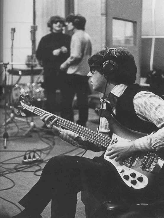 McCartney, Rickenbacker 4001