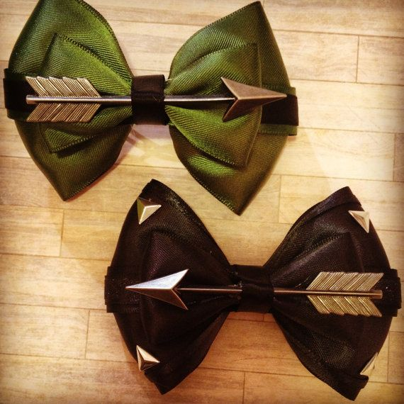 Hey, I found this really awesome Etsy listing at https://www.etsy.com/listing/232952760/league-of-assassins-inspired-bow  @pattyolbrich it matches the dress!!!!