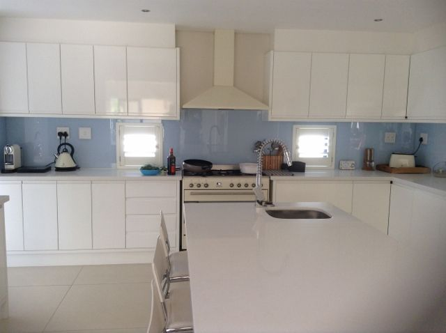 Open plan Gourmet Kitchen with separate scullery