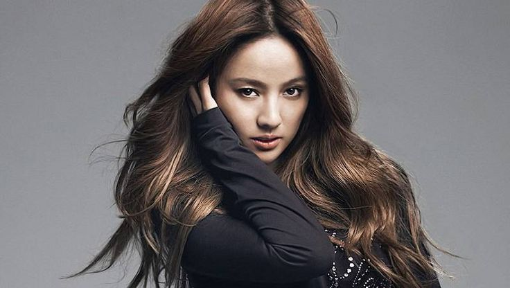 Lee Hyori to take a hiatus from celebrity activities for 2 or more years | http://www.allkpop.com/article/2015/10/lee-hyori-to-take-a-hiatus-from-celebrity-activities-for-2-or-more-years