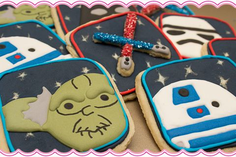 May the 4th be with you! How To Make Star Wars Cookies... just in time for Star Wars Day!