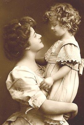 Sweet Edwardian mother and daughter