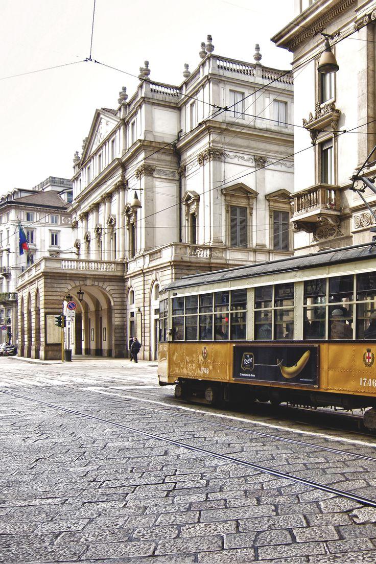 Teatro Alla Scala, Milano, Italia Hier liep ik met Piet de Lange in augustus 1958 na een lange lifttocht door Frankrijk, langs de Franse en Italiaanse Riviera.