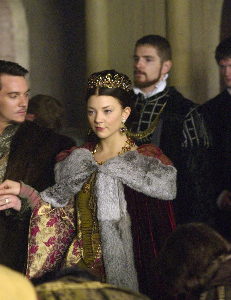 Natalie Dormer as Anne Boleyn in The Tudors (TV Series, 2008).