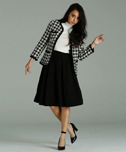 お嬢様系。20代のスカートスーツコーデまとめ一覧です☆