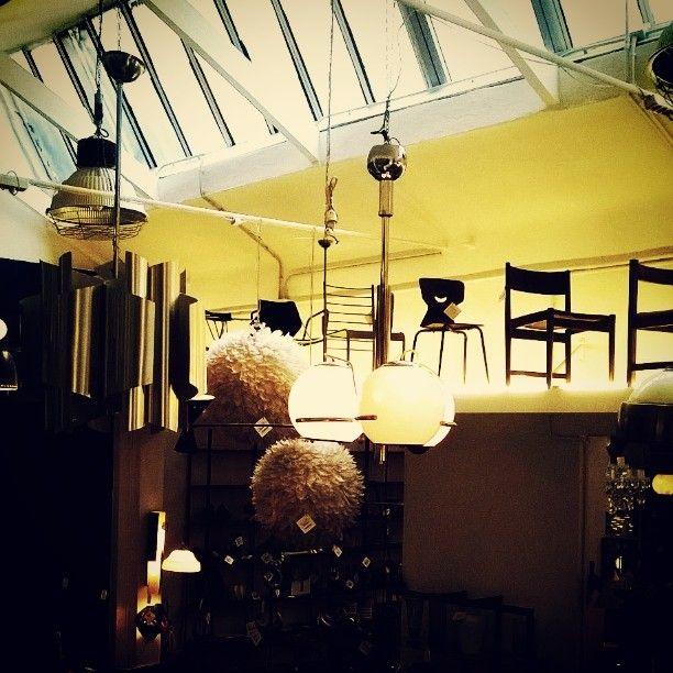 #yellow #lightening #seventies nuovi arrivi in #showroom e la #promozione continua #Christmas #vintage #sale #gift