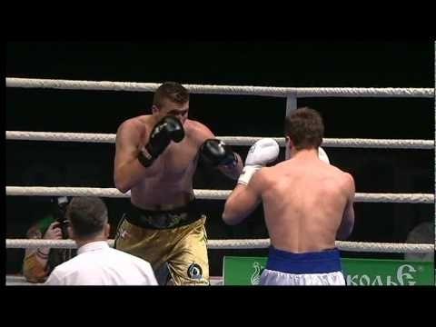 Boxen - Enrico Kölling vs. Abdelchavid Benchabla heute im Livestream auf ARD um 0.15 Uhr,hier sein Gegner aus Albanien/Benchabla - Boxen.com.de - Boxen Live Stream - Das Sport Video Portal für Amateurboxer von Amateurboxer - Sport Live