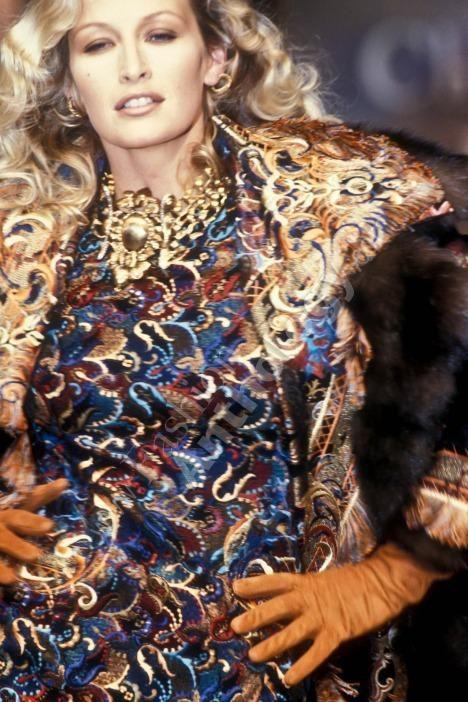 Dior 1993Model: Estelle Lefebure