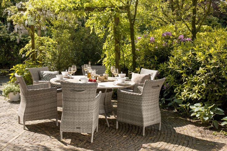 Gezelligheid is het perfecte woord voor deze set! #Hartman #tuinmeubelen