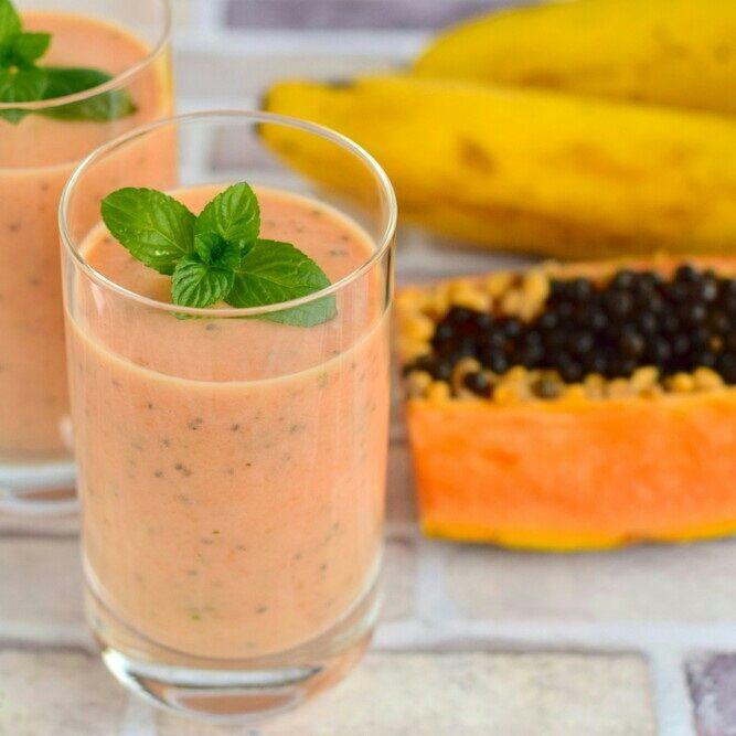 Aprenda a preparar a receita de Vitamina mamão c/ banana