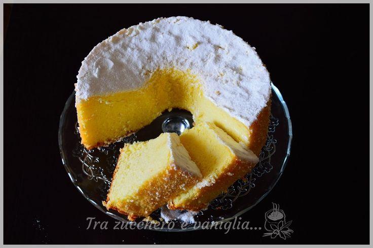 """LaChiffon cake, detta anche e soprattutto """"La Fluffosa"""" è ormai un dolce mitico, simbolo delle Bloggalline, un gruppo di amiche e blogger del quale sono o"""
