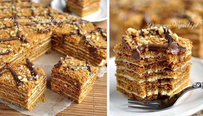 Jemné, tenké vrstvy medového těsta a sladká nádivka. Tato kombinace super chutí se rozplyne na jazyku a potěší vaše chuťové pohárky. Dobrou chuť!