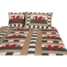 QUILT - Single size in a Welsh Emblem pattern from Crafted Cotton