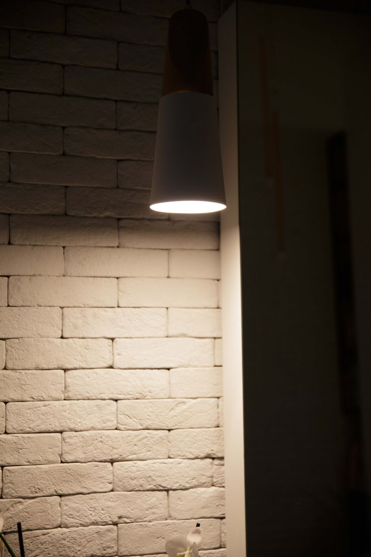 WoARCHITECTS | WORK | MARAGKOUDAKIS HAIR SALON #detail #miniforms #pendant #light #whitebricks #woarchitects