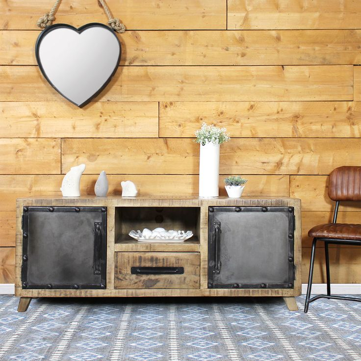 1000 id es propos de meuble tv industriel sur pinterest console bois metal tv debout et. Black Bedroom Furniture Sets. Home Design Ideas