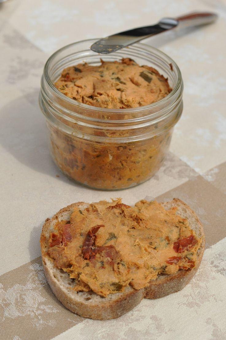 Rillettes de maquereaux au basilic et aux tomates séchées