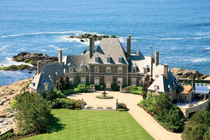 Built for Verner Zevola Reed Jr., heir to a Denver mining fortune, this circa-1935 Norman-inspired mansion echoes the curve of the coastline on which it sits.Dreams Home, Rhode Islands, Beach House, Half Bath, Dreams House, Castles, Newport Ri, Real Estate, Architecture Digest