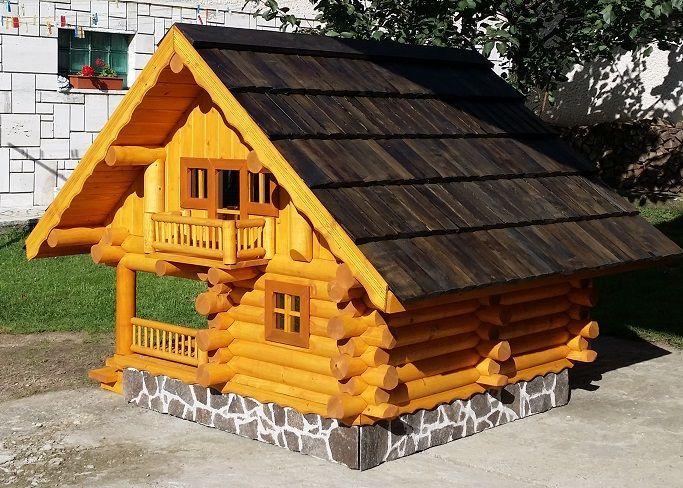Srubový dům pro nejnáročnější klientelu. Dražší, ale za to kvalitní model, který jinde nenajdete.