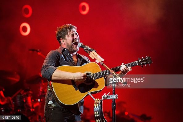 News Photo : Marcus Mumford of Mumford and Sons performs...5