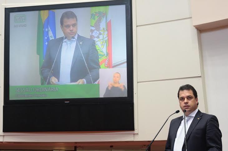 """Projeto do Deputado Rodrigo Minotto cria """"auxílio natureza"""" para famílias atingidas por desastres ambientais"""