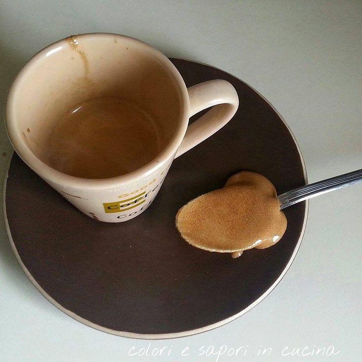 Schiuma per caffè