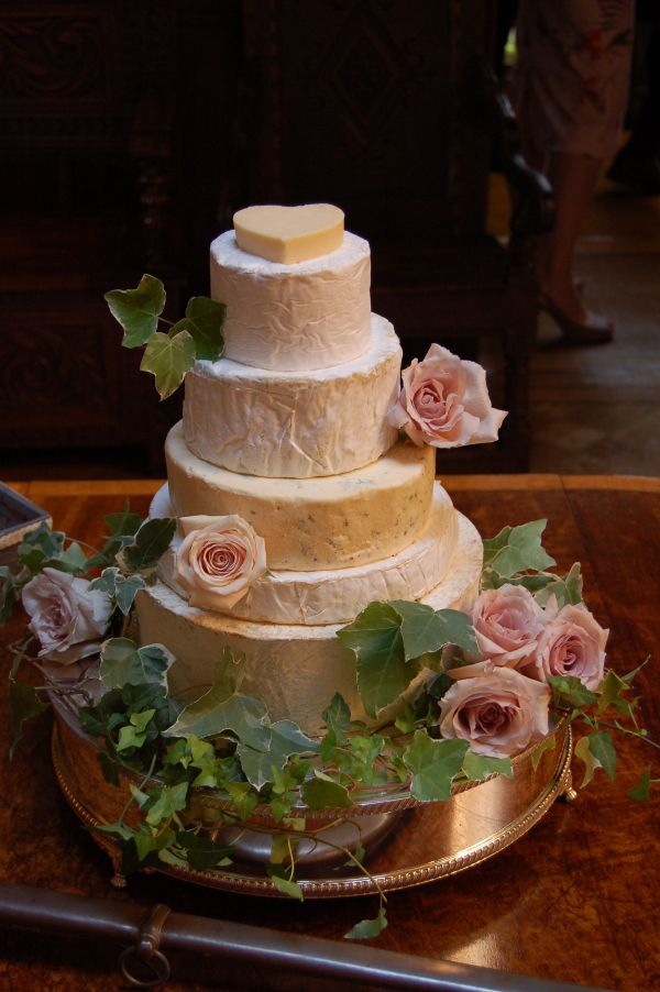 cheese wedding cake edinburgh 13 best wedding cake images on cheese cakes 12594
