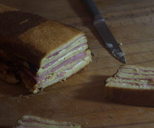 cake façon croques monsieur à la crème de roquefort