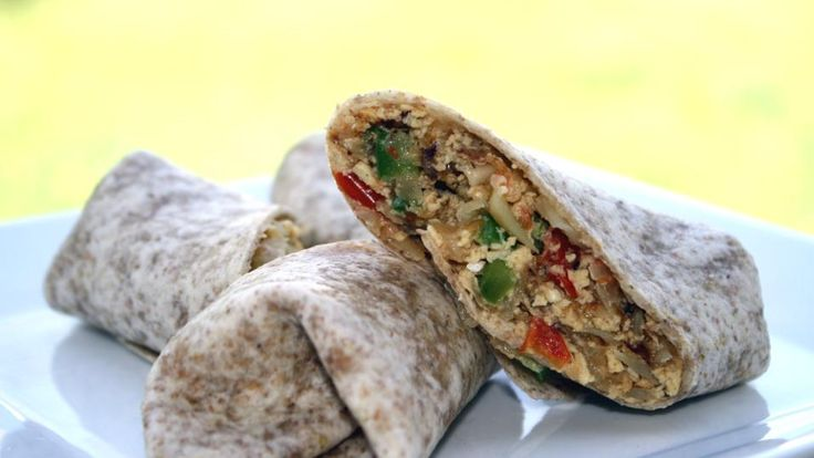 Trying to figure out what to cook for breakfast on a Saturday? Look no further - Healthy Breakfast Burritos!