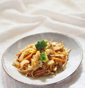 モヤシと卵のカレールー炒め by ゆーりん | レシピサイト「Nadia | ナディア」プロの料理を無料で検索