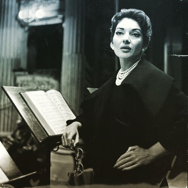 """But HERs was a glorious """"Tosca"""" and no one has ever sung """"Vissi d'Arte"""" better than the extraordinary Maria Callas... goodnight all. In #bed listening to some #arias #tosca #puccini #opera #mariacallas #greatest #female #voice #ever #divina #artist #greek #athens #january2015"""