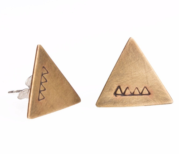 Etched Ridge Studs by Another Feather: Triangle Earrings, Delta Earrings, Earrings Cuffs, Stud Earrings, Studs Earrings, Ridge Studs, Earrings Omgggee