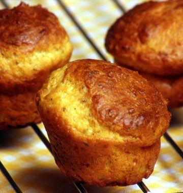 Muffins au parmesan et au thym, la recette d'Ôdélices : retrouvez les ingrédients, la préparation, des recettes similaires et des photos qui donnent envie !