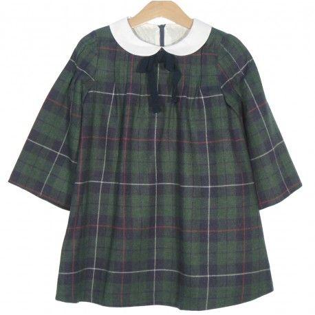 Se llevan los cuadros! Vestido escocés verde y marino de Fina Ejerique en Vestidos para Niña. Los vestidos para niña más bonitos en nuestra tienda online www.pepaonline.com