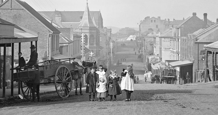 Murray Street looking south from Bathurst Street Hobart, ca. 1910. Vintage Tasmania.