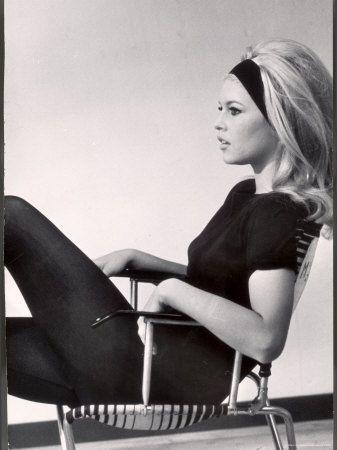 Bridget Bardot #saychairs