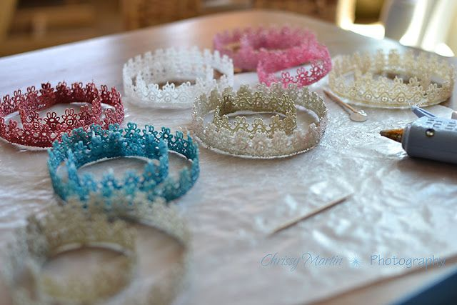wns make you smile or swoon?  My hand is raised!  Pretty, pretty delicate crowns to decorate the heads of princesses in your life!  You can ...