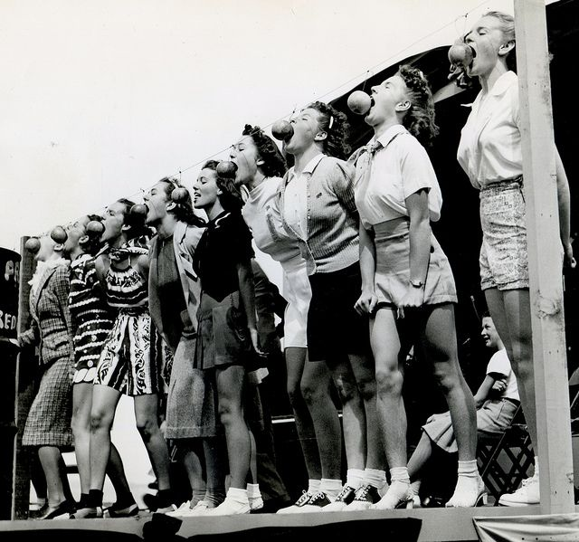 "Back of photo: ""Apple bobbing contest, redwood empire building, sebastopol day california, aug 29 1939."""