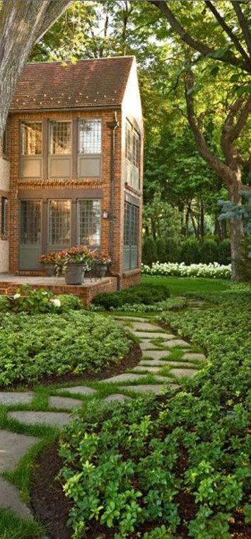 Lovely landscaping ☛