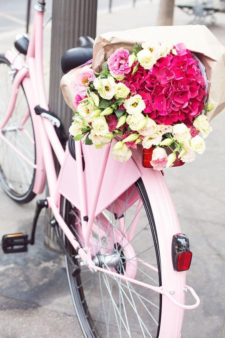 Bike flowers in Paris