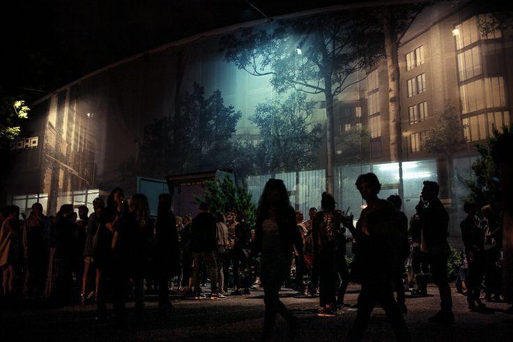 Pokazu Roberta Kupisza 5 czerwca w Soho Factory w Warszawie.