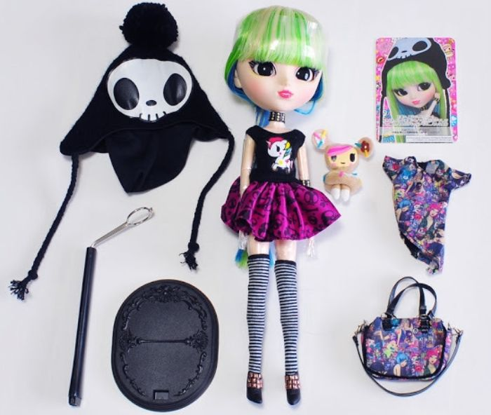 TOKIDOKI DOLL PULLIP LUNA CURRENTLY SOLD OUT NEW IN BOX available at  http://www.bonanza.com/booths/FRAN24112