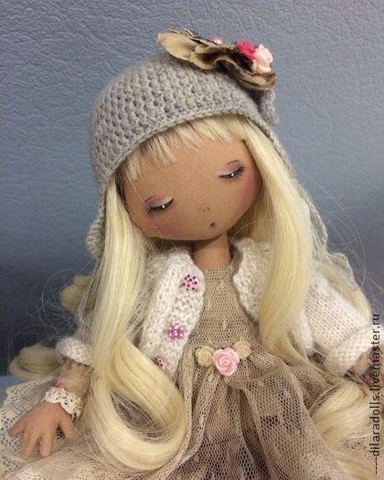 """текстильная кукла """"Лилу"""" - бежевый,текстильная кукла,текстильное украшение"""