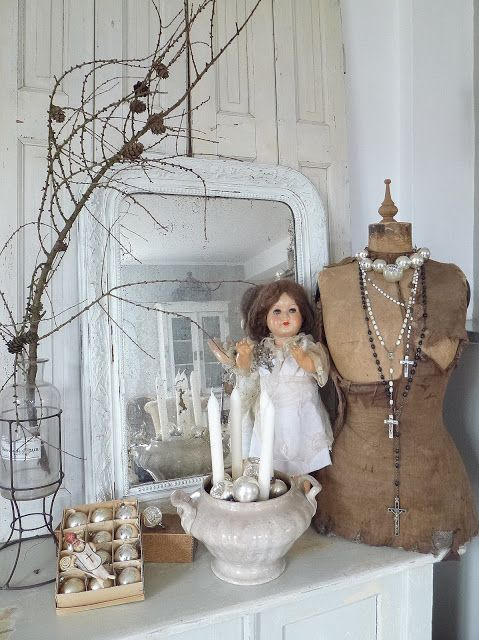A Sweet Vignette----(antiques on display) seen at....princessgreeneye