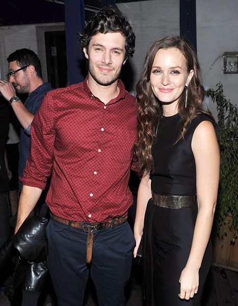 Leighton Meester and Adam Brody are indeed engaged! Cute couple!