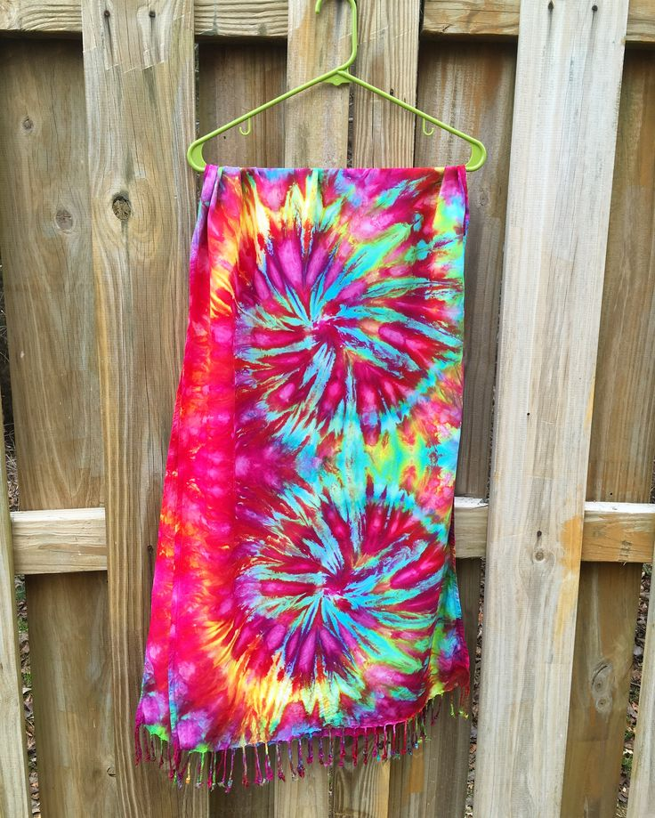 all you need is love♥️ and tie dye🌈😛 happy valentines day to you all🌹 sending love n good vibes on this wonderful day of affection🙏🏻 bless!🌟 check out this beautiful scarf n more on my website🌸 #righteousdyes 🌈 • tie dye scarf pashmina festival clothing mens womens trippy psychedelic hippie hippy